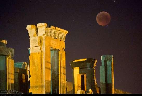 Lunar_Persepolis